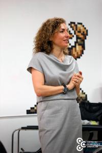 Visita de Anousheh al Centro de Tecnología e Innovación